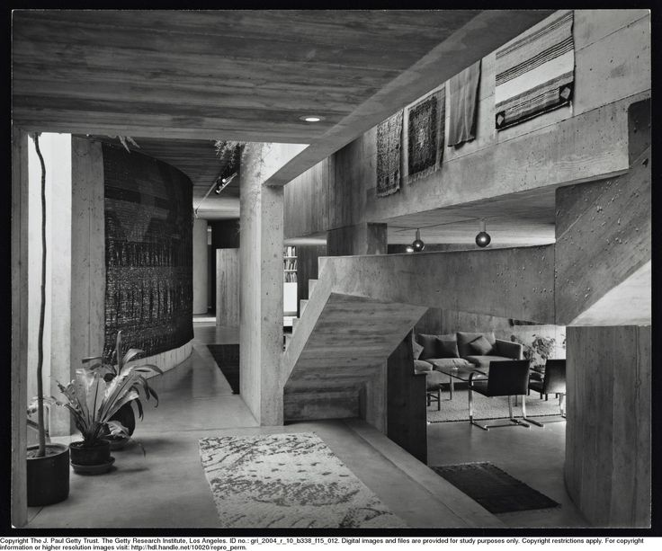 5368745356f586349727ba81986a3cdb--house-interiors-brutalism